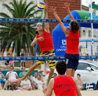 Voley Playa – Buenos resultados en los Internacionales de Laredo