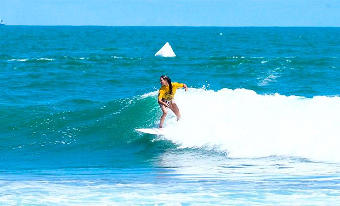 Cuatro surfistas vascos en el Mundial de Japón