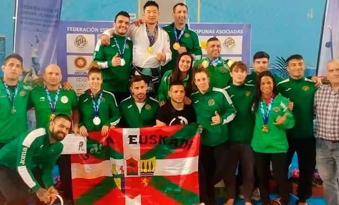 Grandes resultados de la representación de la Vasca de Lucha en el estatal de Murcia
