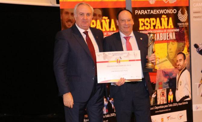 La Federación Vasca es premiada por fomentar el deporte femenino