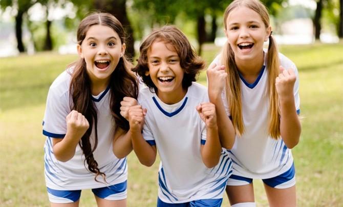 Continúan las formaciones del Servicio de Igualdad en las entidades deportivas vascas. El siguiente de los cursos online trata sobre la 'Sensibilización en materia de igualdad de mujeres y hombres en el ámbito del deporte federado'