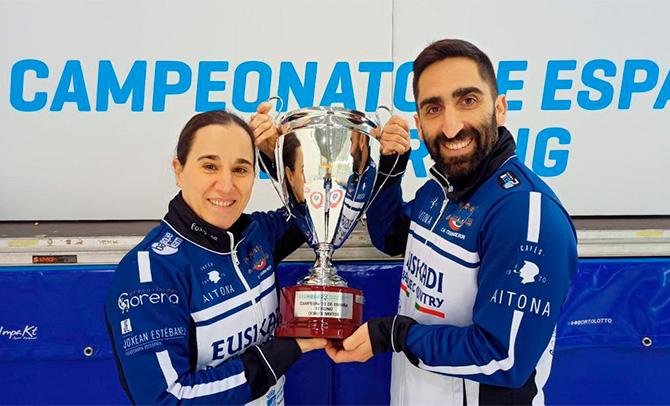 Otaegi y Unanue, del Txuri-Berri, se proclaman campeones de España de Dobles en curling